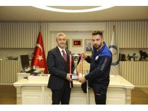 Başkan Tahmazoğlu'ndan sporseverleri Ampute takımının maçına davet