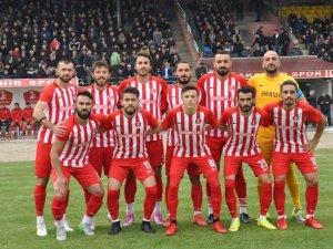 Akşehirspor son haftaya lider giriyor