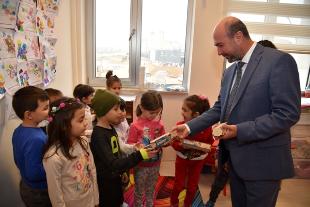 Başkan Pekyatırmacı Sevgi Anaokulunu ziyaret etti