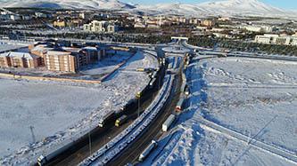 Konya'da şehirlerarası yollar kamyon ve tırlara açıldı