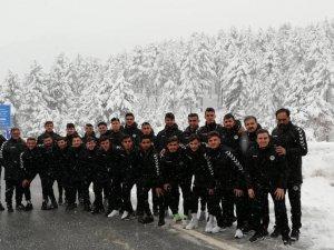 Konyaspor U 21'in Antalya kampı başladı