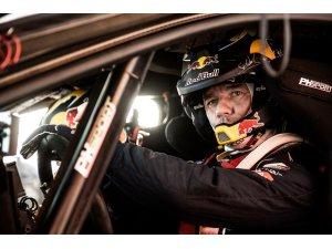 Ralli efsanesi Loeb Dakar'da zafer arıyor