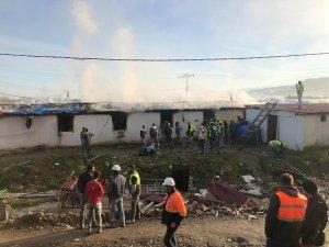 İnşaat işçilerinin kaldığı yatakhanelerde yangın çıktı