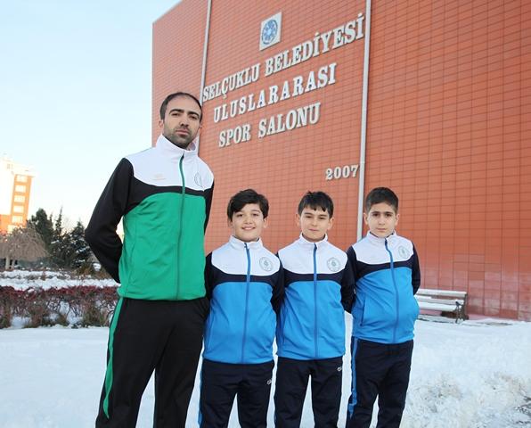 Selçuklu Belediyespor'dan  Masa Tenisinde Tarihi Başarı