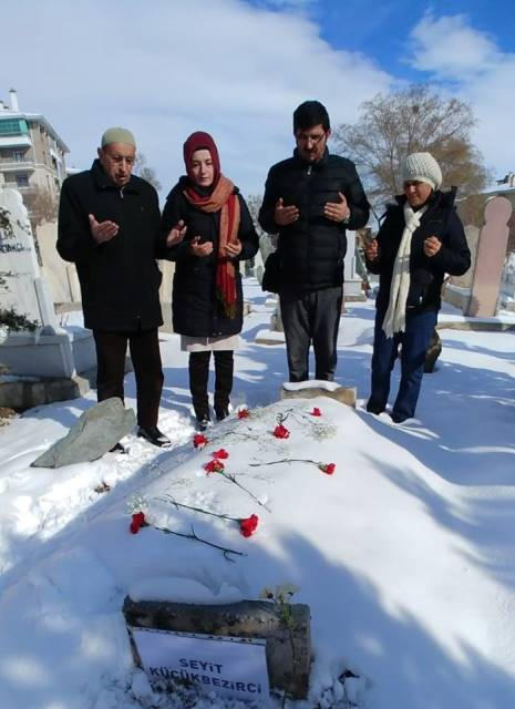 Gazeteciler Günü'nde Küçükbezirci'ye vefa