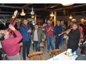 Mehmet Tosun'u davul, zurnayla karşıladılar