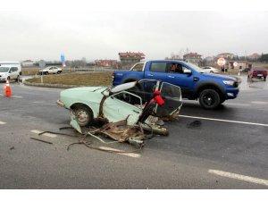 Tekirdağ'da otomobille cip çarpıştı: 1 ölü, 2 yaralı