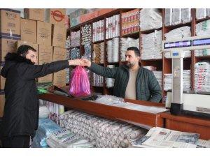 Van'da kilo işi poşet satışları arttı