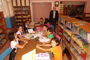 Karapınar Lisesi Kütüphanesi zenginleştirildi