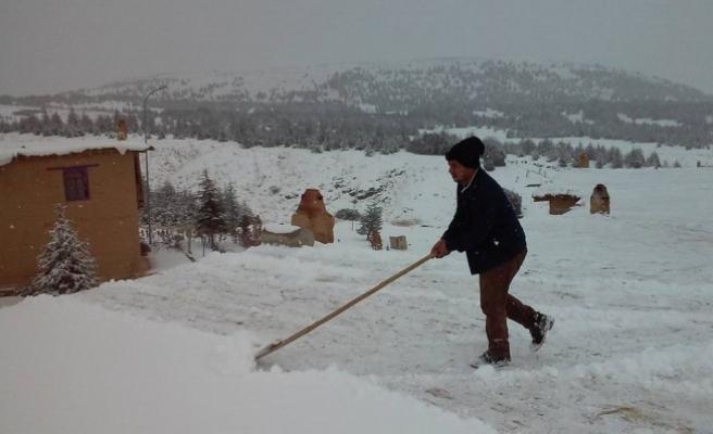 Hüyük'te eğitime kar engeli