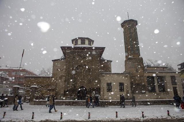 Konya'da eğitime kar engeli