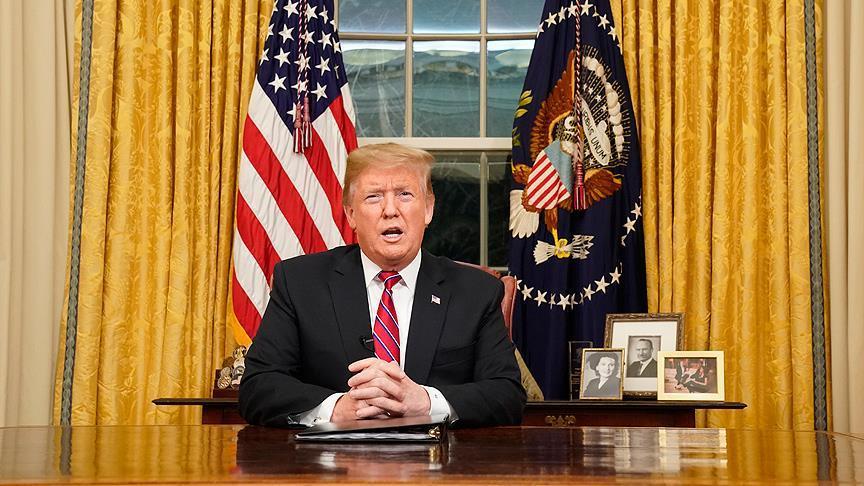 """Trump'tan May'e """"tavsiyemi dinlemedi"""" göndermesi"""