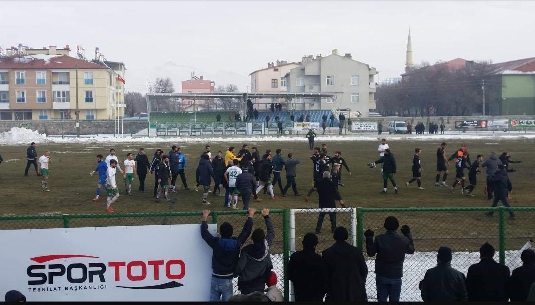 Karapınar Belediyespor:0-Yeniçağa:1