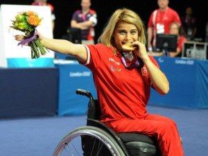 Nazmiye Muslu Dünya Şampiyonu