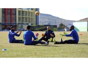 Evkur Yeni Malatyaspor Rize maçıyla çıkışa geçmek istiyor