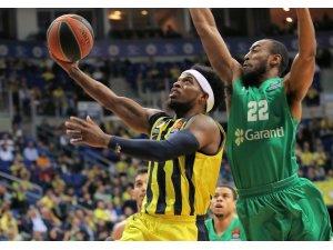 Fenerbahçe, Türk derbisinde Darüşşafaka'ya konuk olacak