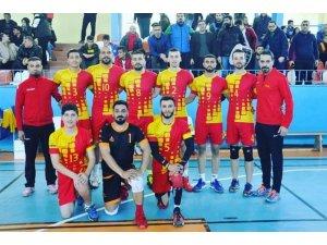 Kızıltepe'de amca çocuklarının kurduğu takım Play-offa yükseldi