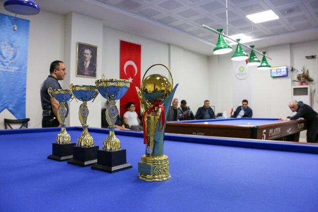 Bilardo ustaları, M. Ali Özbuğday turnuvasında buluştu