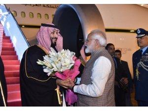 Hindistan Başbakanı Modi, Selman için protokol tanımadı