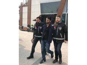 İş yerinden 10 bin TL'lik kablo çalan kağıt toplayıcısı tutuklandı