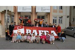 UltrAslan Bafra Taraftar Grubu kütüphane yeniledi