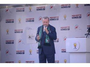 """Cumhurbaşkanı Erdoğan: """"Buna artık gereken dersi vermemiz lazım, bu teröristlerle yan yana"""" (3)"""