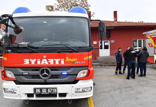 YHT kazazedelerinden Ankara İtfaiyesine teşekkür ziyareti