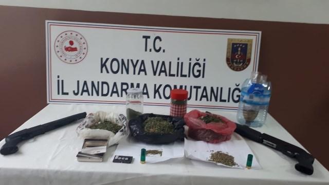 Çumra'da Jandarma'dan uyuşturucu operasyonu