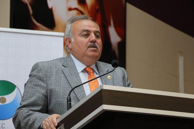 Türkiye'nin En Kapsamlı Elma Çalıştayı Karaman'da Yapıldı