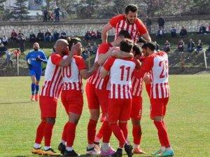 Akşehirspor liderliği pekiştirdi