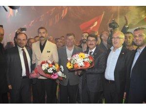 Başkan Çelik Kuşlubahçe'de destek istedi