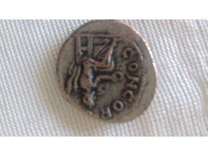 Kayseri'de 102 sikke ele geçirildi