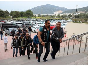 Göçmen kaçakçılığından 11 kişi adliyeye sevk edildi