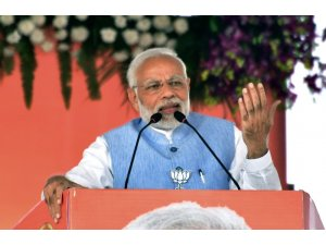 Hindistan Başbakanı Modi'den 'Yeni bir Hindistan' vaadi