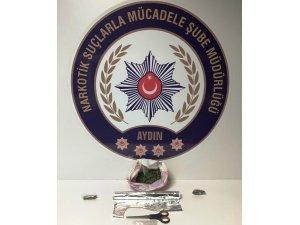 İncirliova'da 10 adrese uyuşturucu baskını