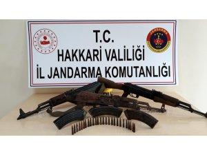 Yüksekova kırsalında silah ele geçirildi