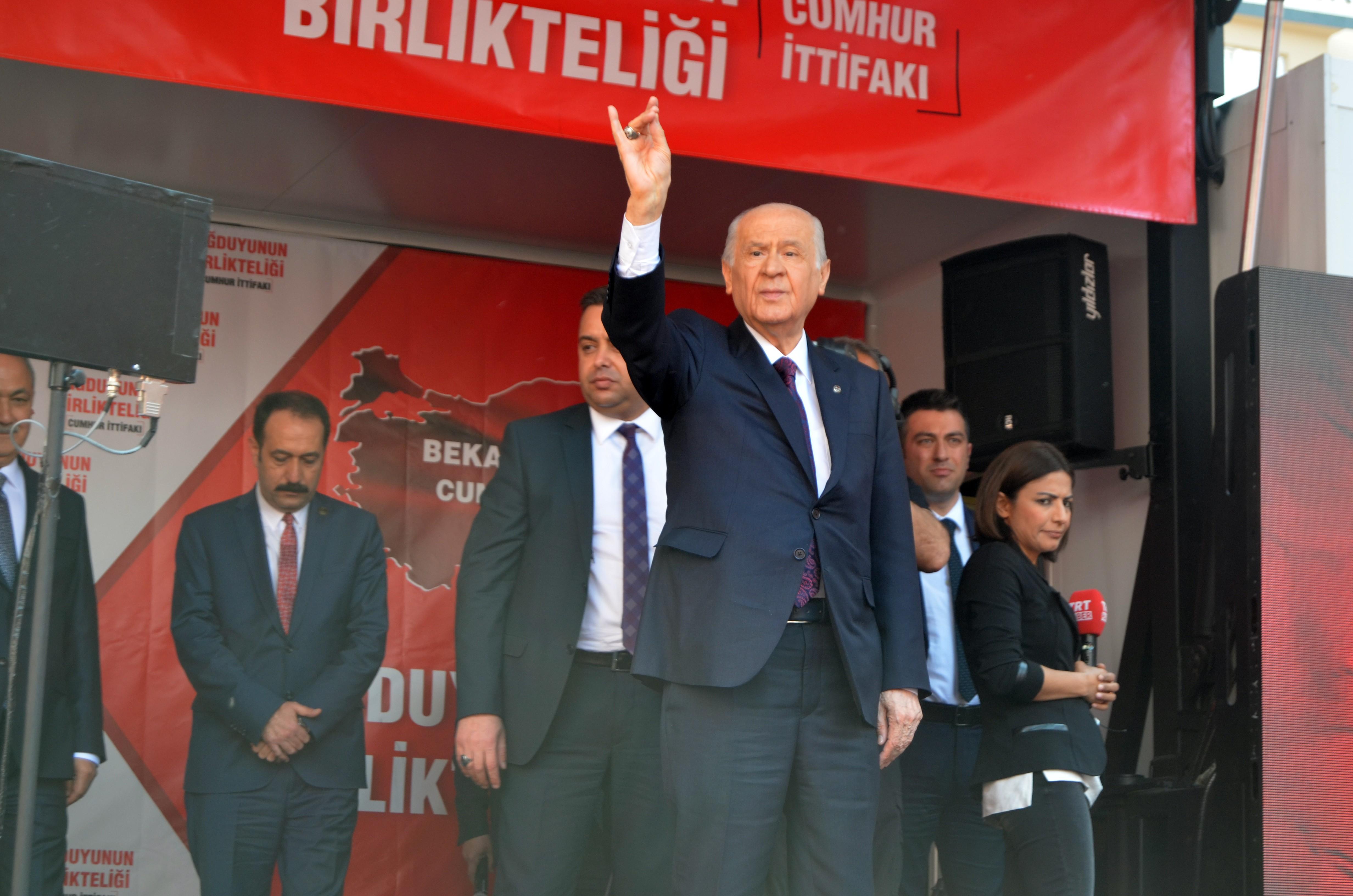"""Bahçeli'den """"erken seçim"""" açıklaması"""