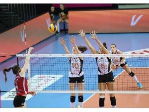 VakıfBank, Sultanlar Ligi'nde yarı finalde