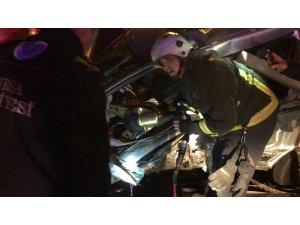 Bursa'da feci kaza: 1'i çocuk 3 yaralı