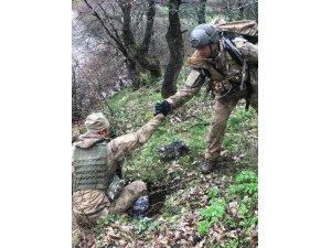 Mehmetçik zorlu kış şartlarında operasyona devam ediyor