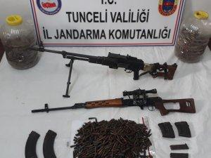 Tunceli'de çok sayıda mühimmat ele geçirildi, 2 sığınak imha edildi