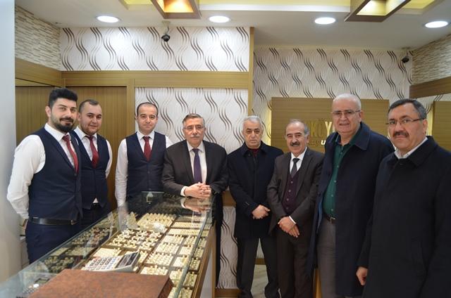 Başkan Kuşdemir'den esnaflara ziyaret