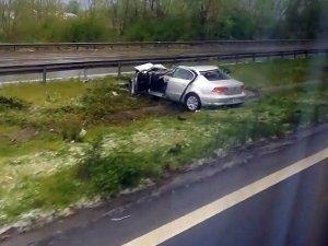 TEM'deki kazada anne öldü, baba ve çocuk yaralı