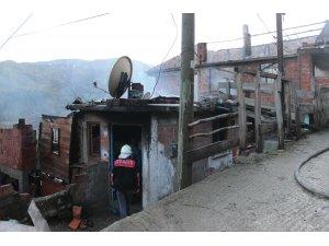 Sinop'ta ev yangını: 3 ölü