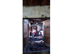 Köyceğiz'de ev yangını