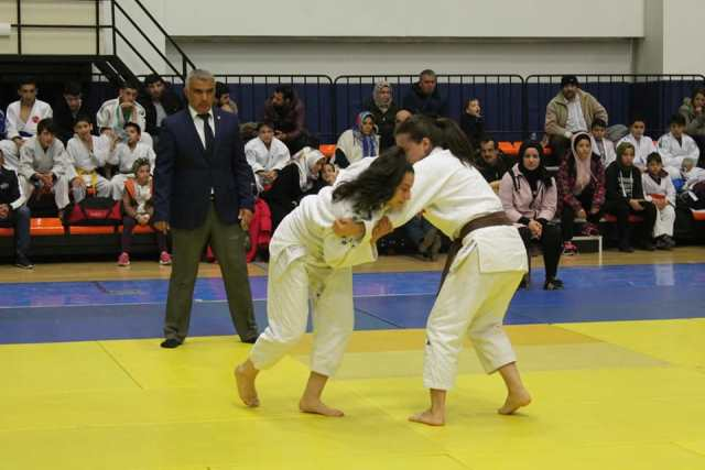 Judonun Yıldız Şampiyonları Tatamide