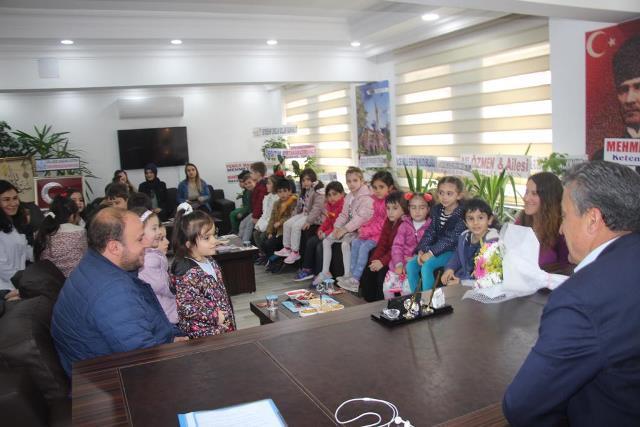 Öğrencilerden, Başkan Tutal'a ziyaret