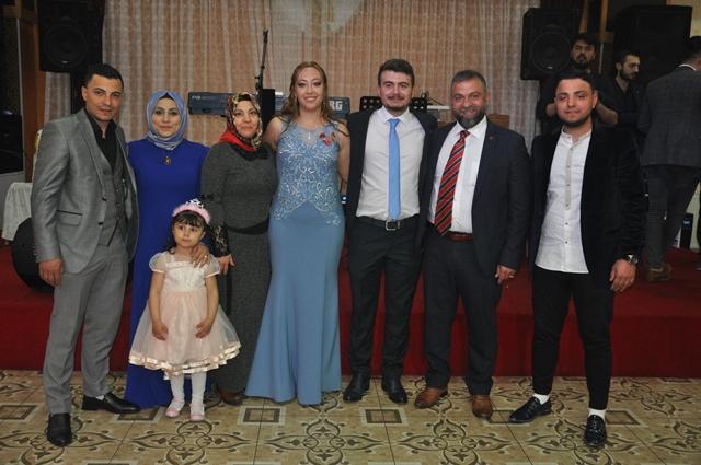 Aybike ile Mehmet Yavuzhan nişanlandılar