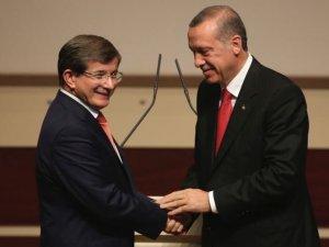 'AK Parti seçmeni Davutoğlu'ndan samimi bir geri dönüş bekliyor'