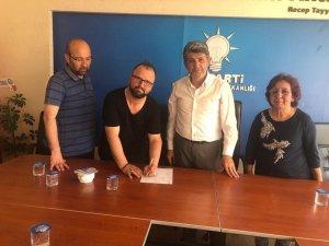 Saadet'ten istifa edip AK Parti'ye katıldı